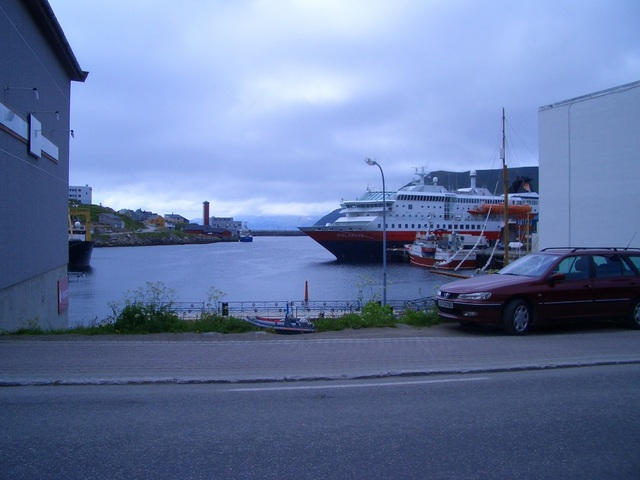 M/S Polarlys in Honningsvåg harbour