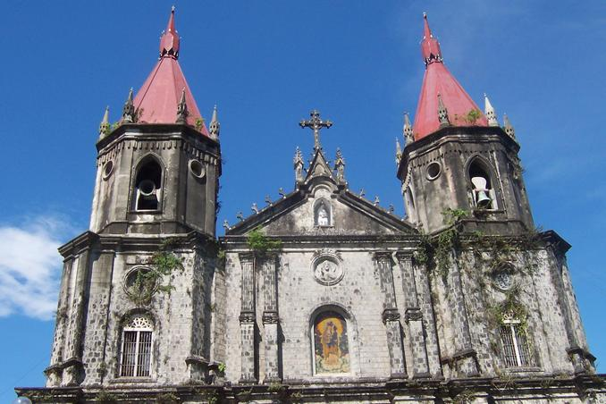Historic Church in Molo, Iloilo