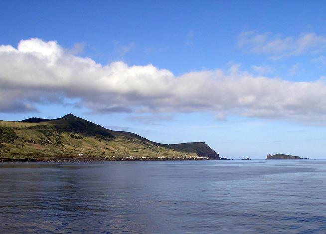 Ilha Graciosa (View to NE)