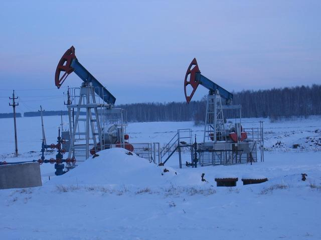 Gas extraction (wellsite of local importance), 1 kilometre from the confluence