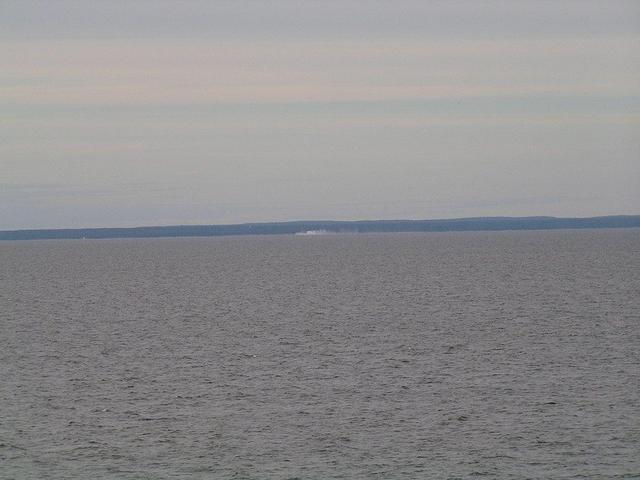view to North: the white cliffs of Cape Stirsudden
