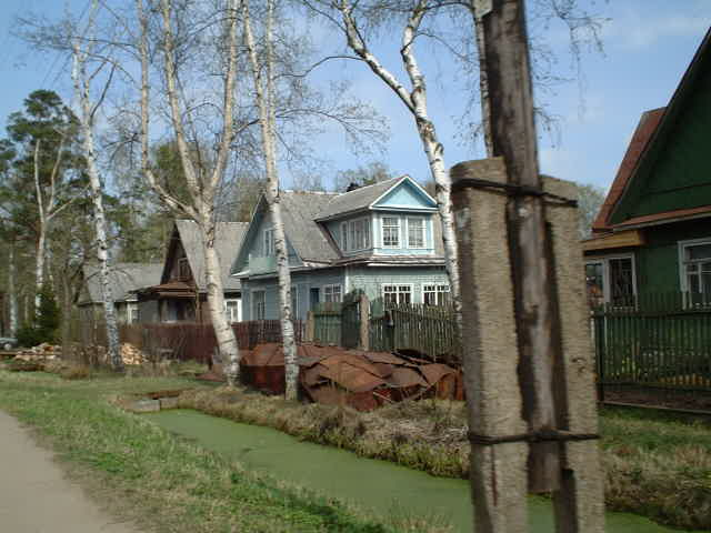 typical Russian wooden houses