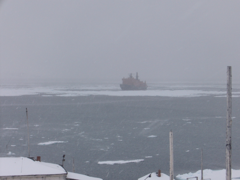 Our ice breaker seen from the Sedov station a few hours later: it is snowing!