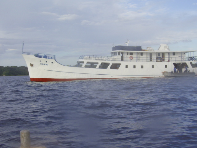 Bilikiki - Dive boat we toured on.