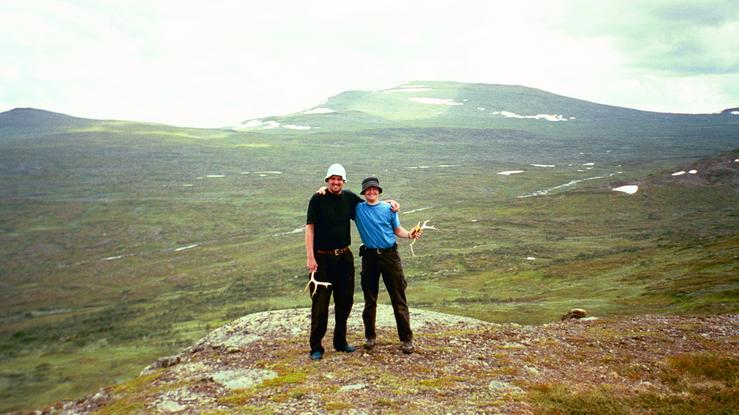 Me to the right and Mats to the left on the confluence point. Note the reindeer horns that we found.