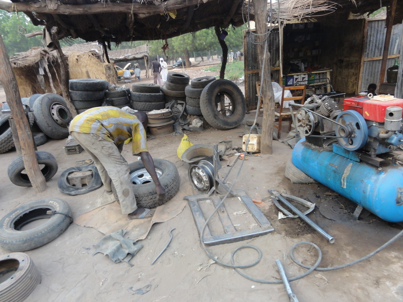 Tire fixing - Chadian style again!