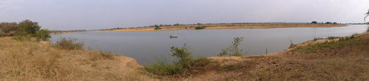 #1: E-S-W panoramic view from the Chari river north bank