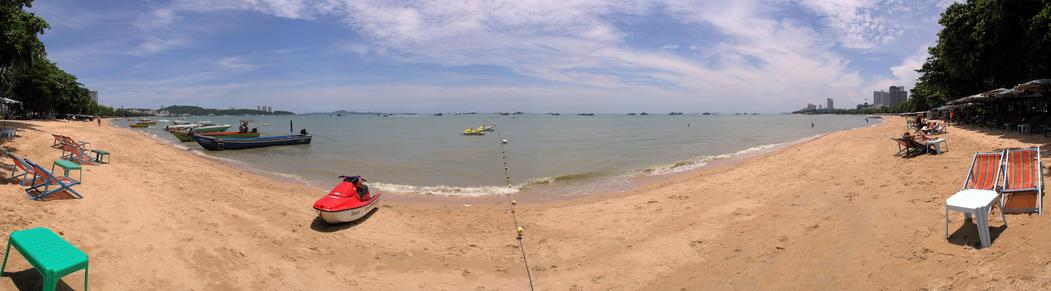 Nearby Pattaya beach panorama