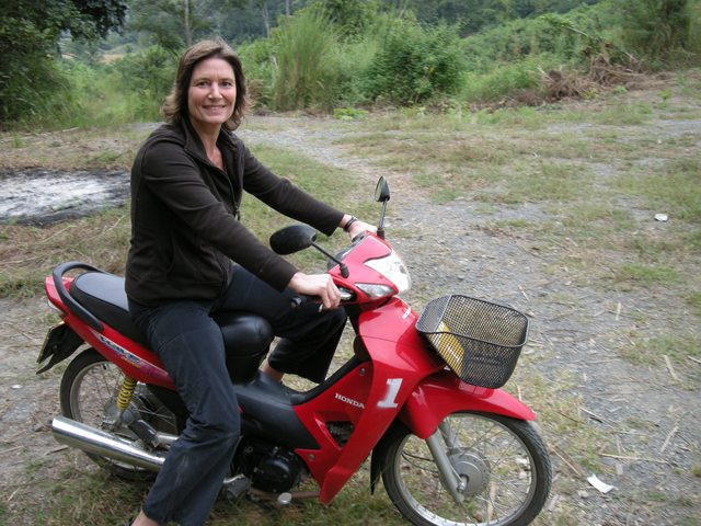 anne_with_motorbike