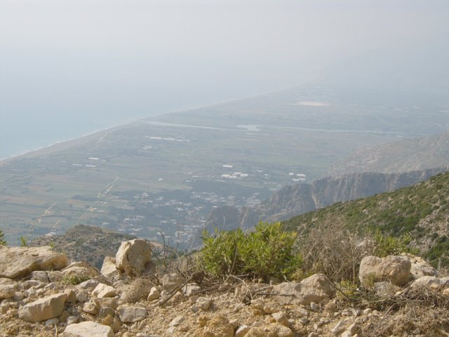 View out on the Mediterranean Sea from a short distance beyond confluence point 36N 36E
