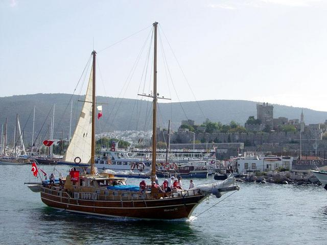 "A typical Turkish ""Güllet"" with Bodrum castle in the background"