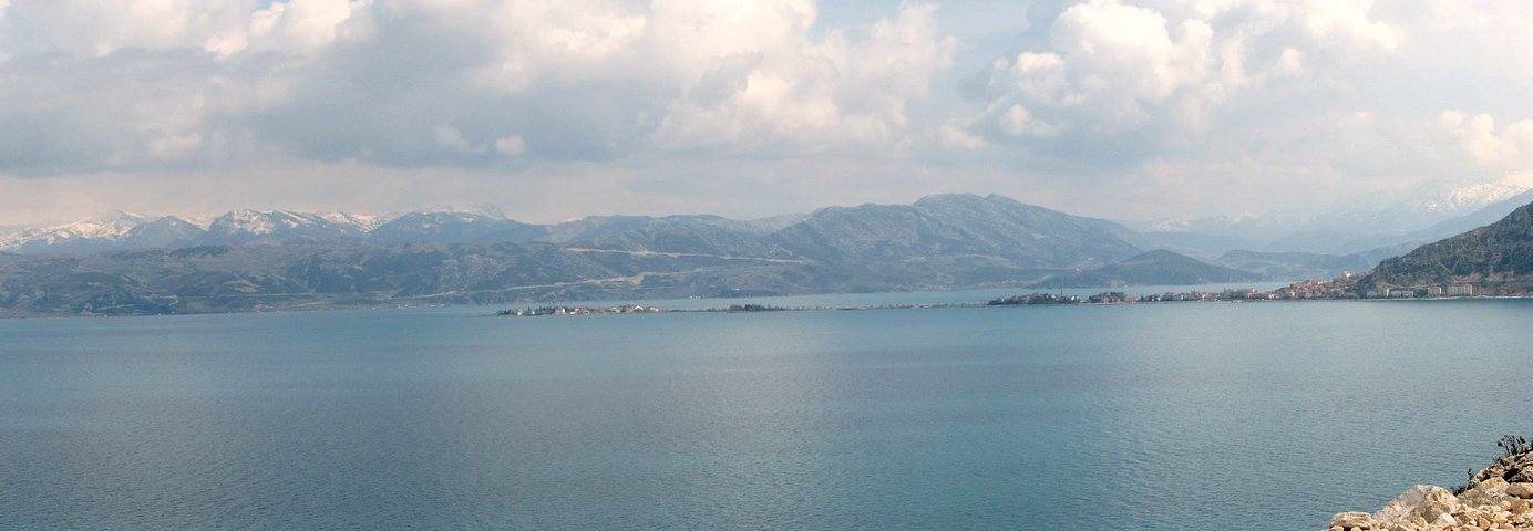 The fascinating view upon the southern part of Eğirdir Gölü