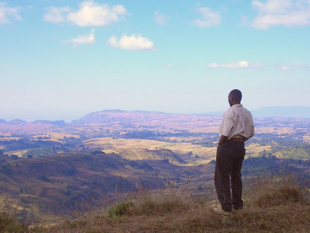 Dixon looking out north towards the escarpment and the Usangu plains, ~2,000 meters below! About 10 km due west from the CP.