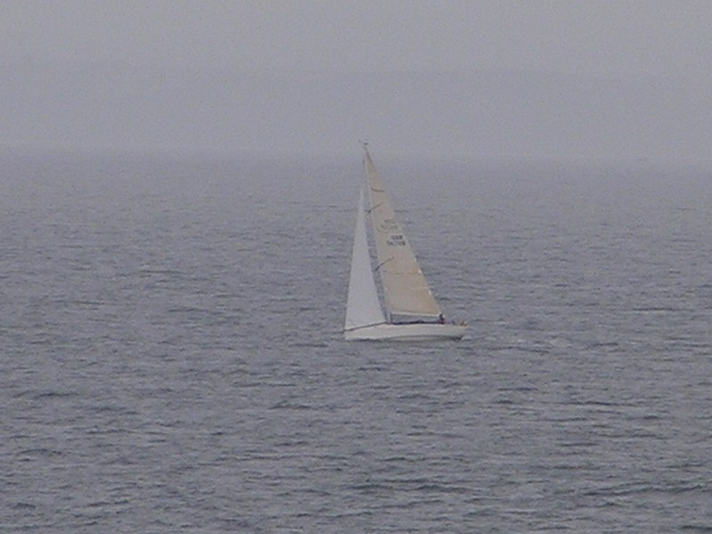 A sailing boat exactly on the Confluence