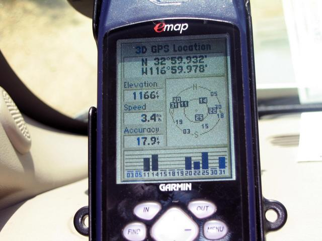 GPS position along Oak Canyon Road - 130 meters from confluence