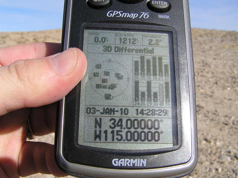 GPS reading at the confluence under wide open skies and plenty of GPS satellites.