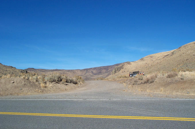 Where we SHOULD have left the road (41°55'N 116°03.58'W)...