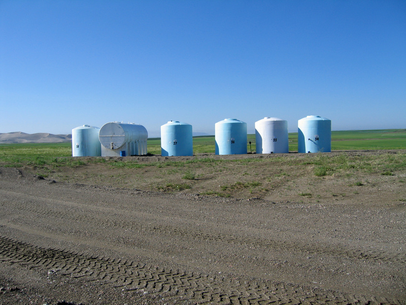 Tanks west of confluence