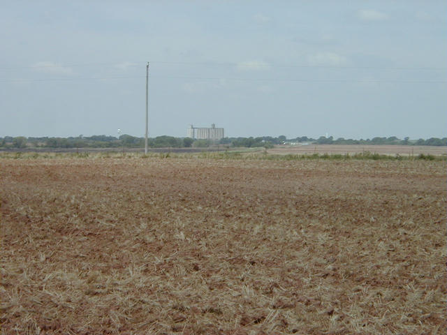 Looking WSW at Manchester, OK's grain elevators