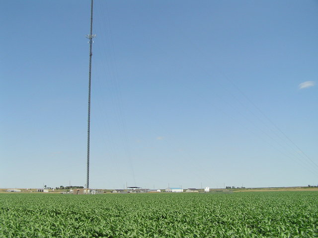 The most prominent feature near the confluence:  The radio tower is clearly visible in this view to the northwest from the site.