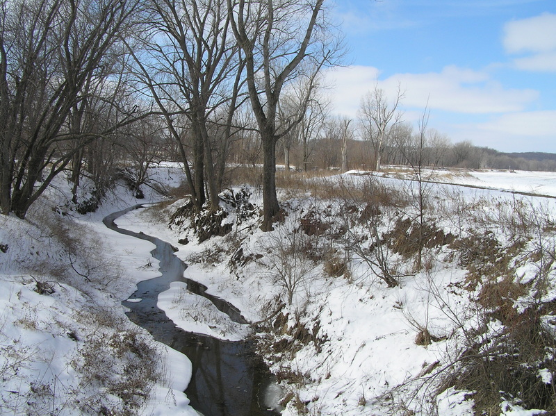 Nearest ditch to the confluence, about 1 kilometer southeast of the confluence, looking southwest.