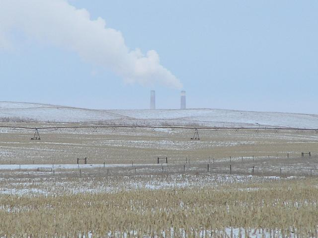 This powerplant south of Sutherland, Nebraska, provides a good marker for the confluence.