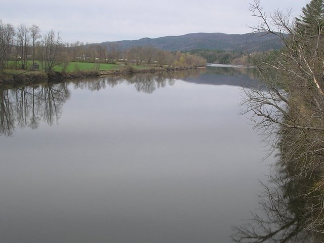 Connecticut River; 8km west