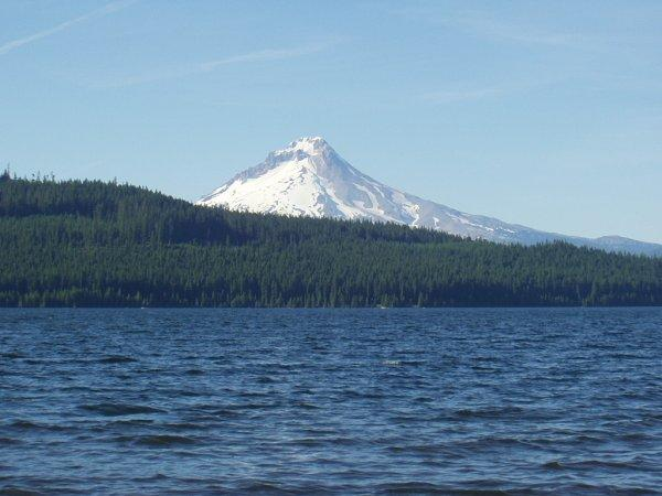 Timothy lake and the mount Hood