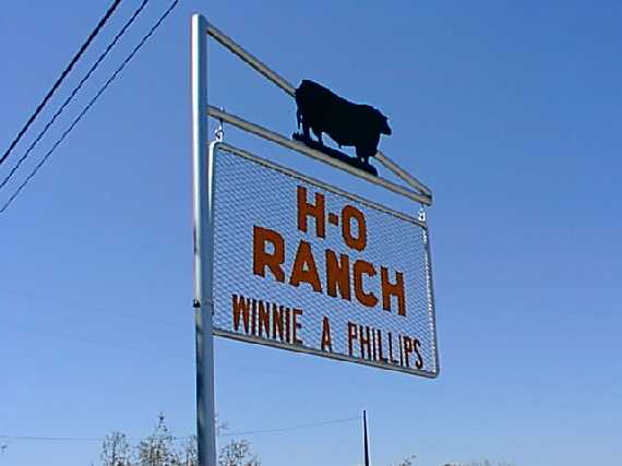 H-O ranch sign