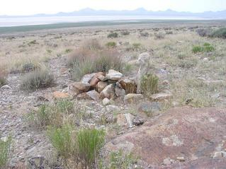 #1: The confluence point is marked by a cairn (covering a geocache)