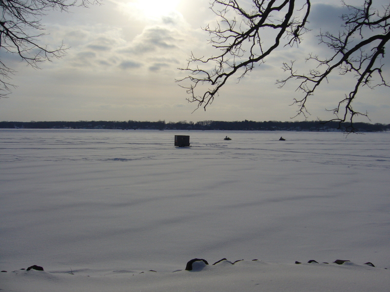 Lake Ripley in winter: snowmobiles instead of boats