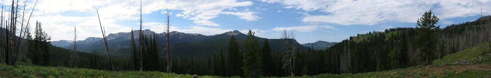 Panorama shot from the top of the pass at North Fork