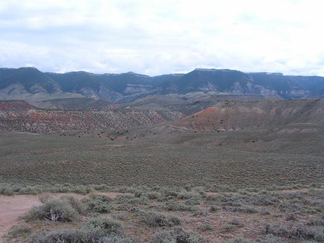 The confluence is located near the center of this shot taken 3 miles SW of the site looking NE.  Not exactly lush.
