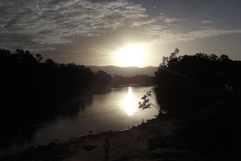 Dawn at Parguasa river