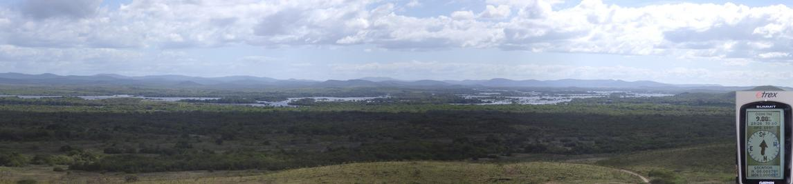 Panorama from 'Piedra de Elefante' to EAST and SOUTH, with GPS
