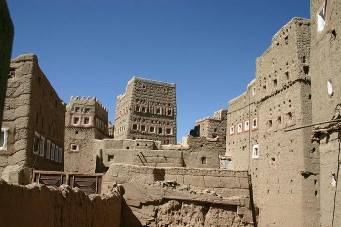 Typical Jawfiyy mud brick houses
