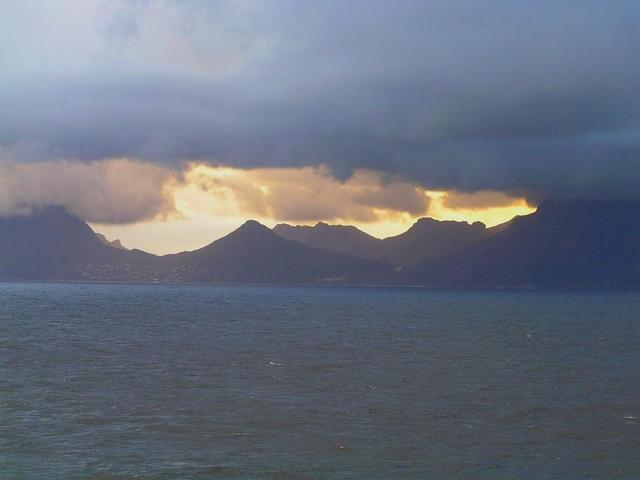 View to Cape Peninsula shortly after sunrise